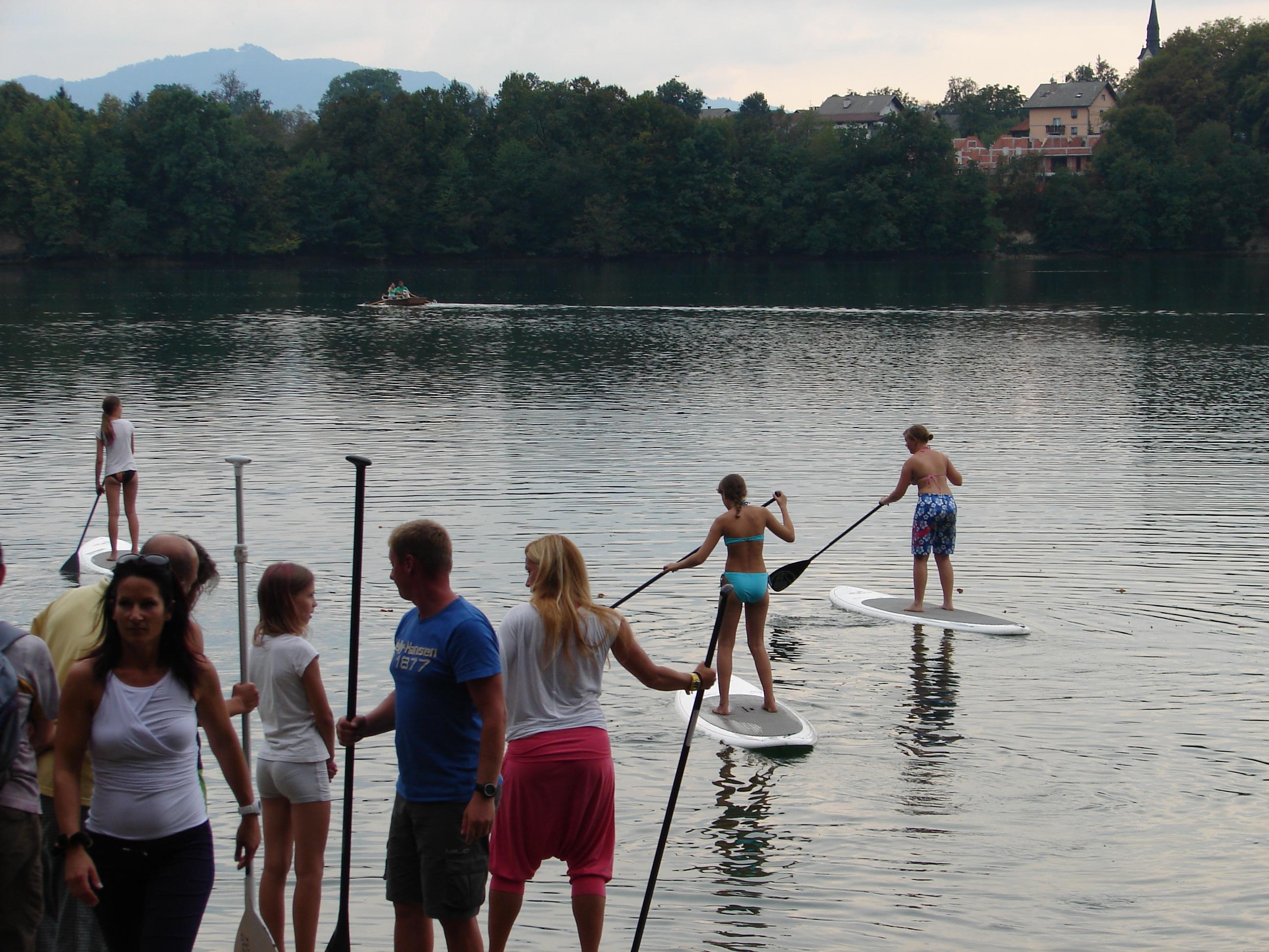 Doživetje narave ob jezeru